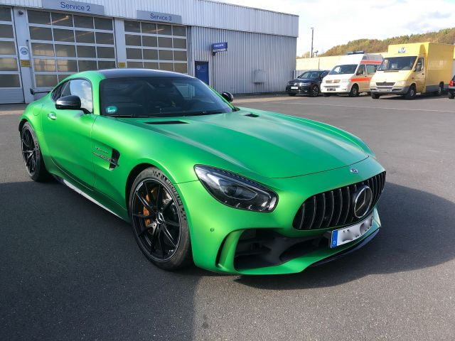 Mercedes-Benz GT AMG Coupe R