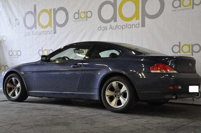 BMW 645 Ci in blau
